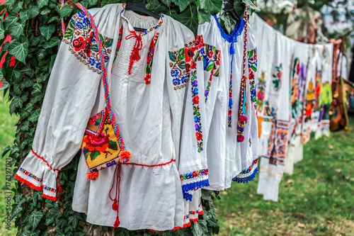 Obraz na płótnie Old traditional Romanian folk costumes with embroidery