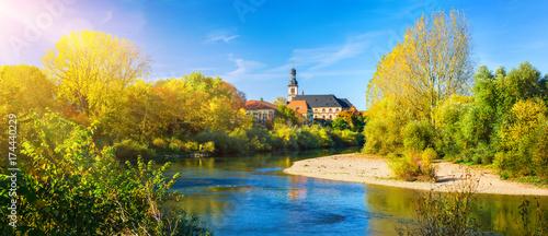 Canvas Prints Honey Blick über den Neckar nach Seckenheim (Mannheim) an einem schönem Tag im Herbst