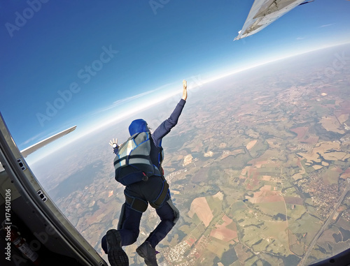 Spoed Fotobehang Luchtsport Parachutist jump from the plane.