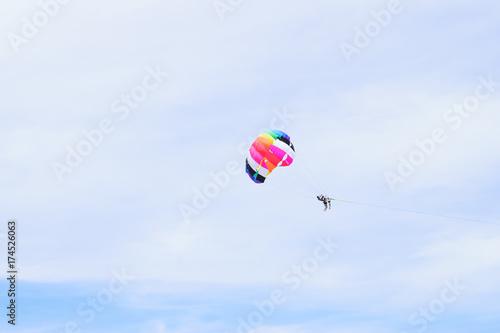 Foto op Canvas Luchtsport The sky parachute has a blue backdrop background.