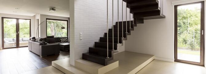 Minimalist modern staircase