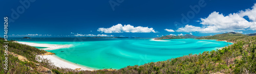Poster Bleu nuit Panoramic view of the amazing Whitehaven Beach in the Whitsunday Islands, Australia