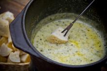 Garlic And Herbs Fondue
