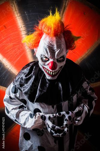 In de dag Muziekband horror scary killer circus clown. Halloween nightmare