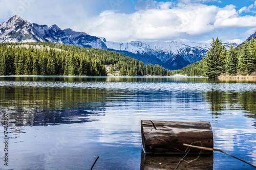 Cuadros en Lienzo Two Jake Lake, Alberta