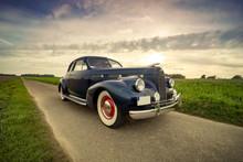 Oldtimer Cadillac Lasalle Coupe Vor Dramatischem Abendhimmel