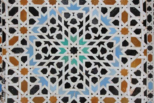 kolorowe-marokanskie-plytki-ceramiczne