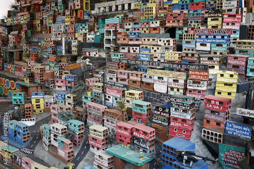 Fotografija  RIO DE JANEIRO, BRAZIL - JUNE 1, 2016: Miniature depiction of a colorful favela community, part of the Projecto Morrinho social project