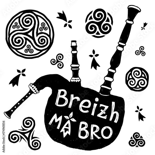 Photo Vector Celtic symbols and biniou breton bigpipe silhouette with sign Breizh Ma B