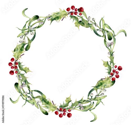Fotografía  Watercolor holly and mistletoe wreath