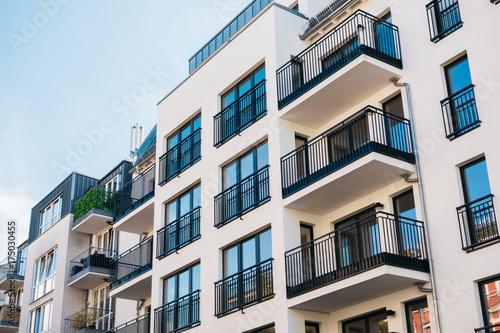 Fototapeta beautiful and clean apartment building obraz