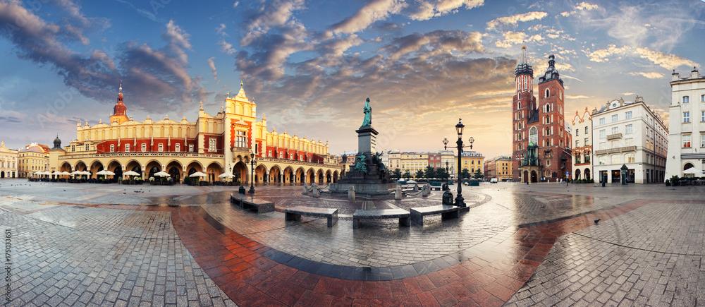 Fototapety, obrazy: Krakow Market Square, Poland - panorama