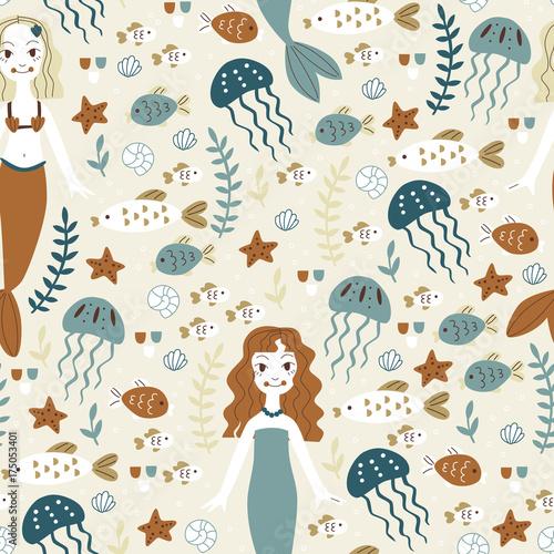 morski-wzor-z-syrenami-meduzami-i-rybami
