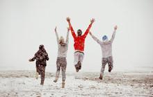 Happy Friends Friendship Run Jump First Snow