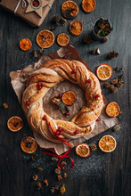 Cinnamon Wreaths With Dried Or...