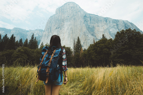 Photo Girl in the meadow