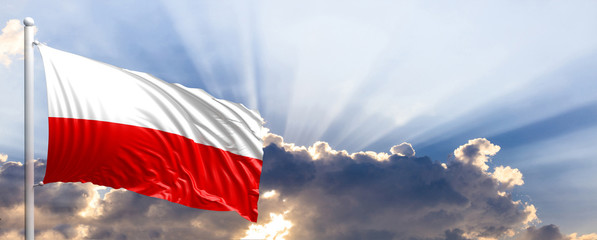 Polska flaga na niebieskim niebie. 3d ilustracja