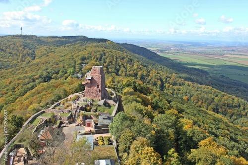 Photo Blick vom Kyffhäuserdenkmal auf die Oberburg