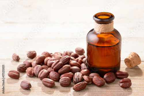 Valokuva  Jojoba oil in the glass bottle