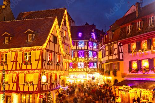 Colmar Weihnachtsmarkt.Weihnachtsmarkt In Colmar Frankreich Buy This Stock Photo And