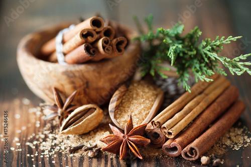 Plakat Tradycyjne świąteczne przyprawy, tło żywności