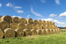 Many Hale Bale In A Row