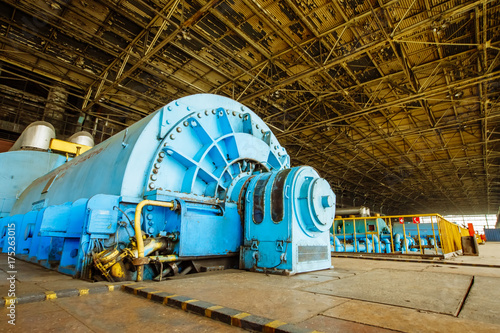 Electric pump in the engine room for steam turbines of a nuclear power plant