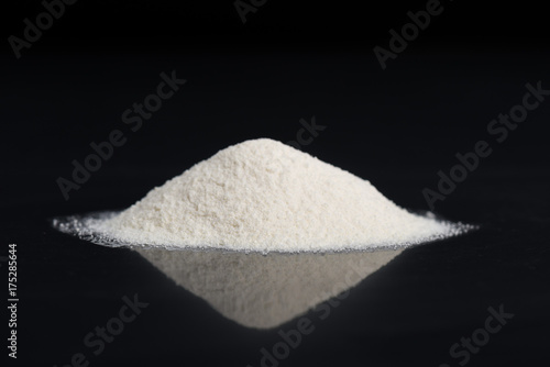 Foto  Dry Chemical Powder