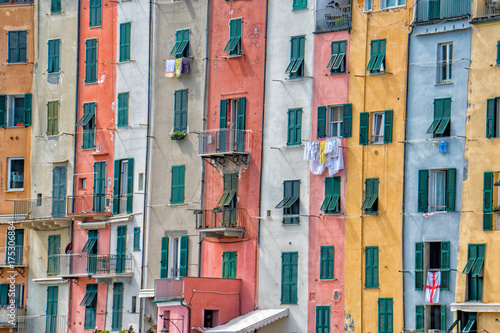 Fototapety, obrazy: Portovenere painted houses of pictoresque italian village