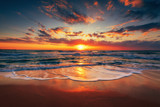Fototapeta Bedroom - Beautiful sunrise over the sea