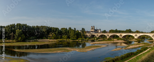 Poster Bridges Cathédrale Sainte Croix et le Pont Royale, Orléans, France