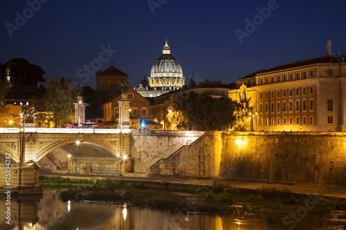 Zdjęcie XXL Wgląd nocy Rzymu od Ponte Sant'angelo, Włochy