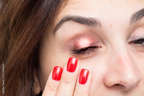 Photo Chalation on woman eye