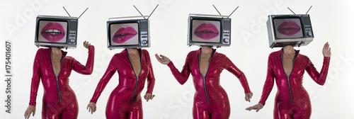 Photo  tv head woman