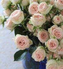 Small Bouquet Of Spray Roses