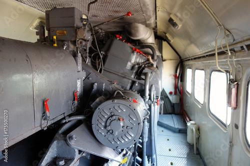 Papiers peints Rouge, noir, blanc Engine locomotive
