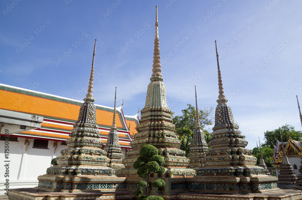 Foto  Pagodas at Wat Pho