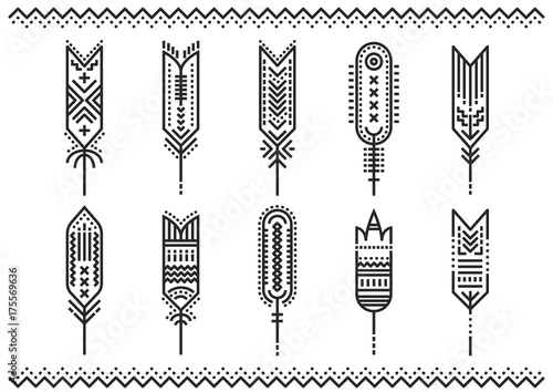 Photo sur Aluminium Style Boho Vector set of linear stylized feathers with geometric pattern.