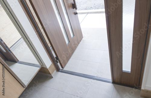 Fotografía  新築の玄関