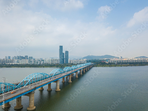 Zdjęcie XXL Widok z lotu ptaka Seul miasto przy Dongjak mostem, Południowy Korea