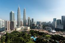 Kuala Lumpur Skyline And Skysc...