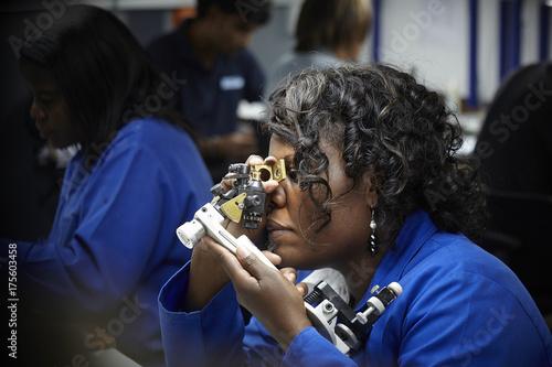 Photo  photos d'illustration de l'industrie du diamant