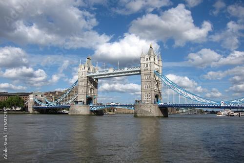 Obraz na dibondzie (fotoboard) Wieża most