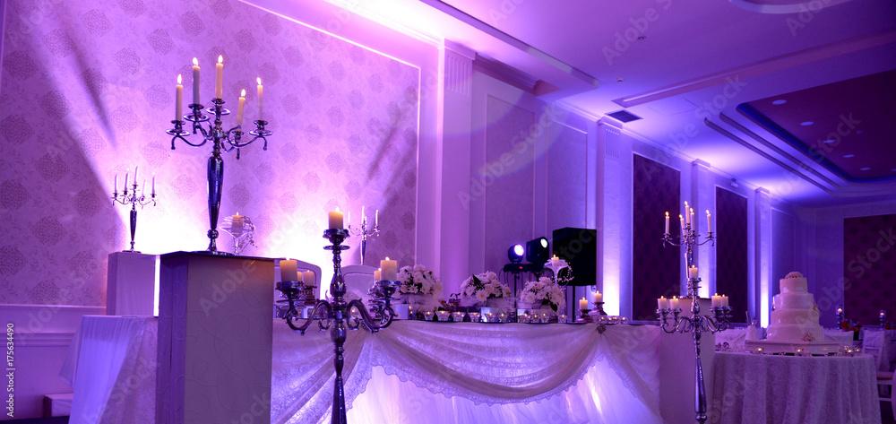 Fototapeta purple light show on a wedding