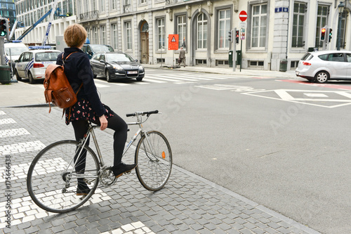 Fotografia, Obraz  velo mobilite circulation bicyclette transport traffic ecologie embouteillage ce