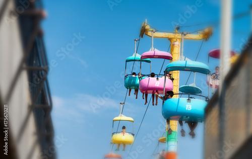 Zdjęcie XXL SANTA CRUZ CA, SIERPIEŃ, - 4, 2017: Park rozrywki na plaży. Jest to słynna atrakcja turystyczna w Kalifornii