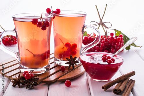 witaminowe-napary-z-owocow-na-jesienne-przeziebienie