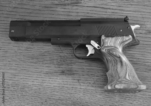 Fotografía  An automatic pistol.