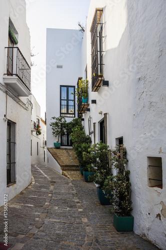 Tuinposter Smal steegje Alte Gasse in Vejer de la Frontera