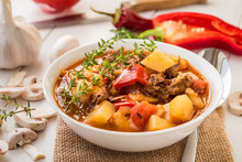 Bograch - Hungarian Soup Goula...
